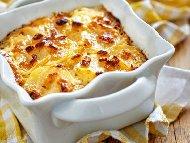 Рецепта Бърза запеканка с картофи, топено сирене и бекон